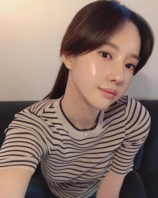Cùng rửa mặt nhưng gái Hàn, Nhật có làn da căng mướt, trắng mịn trong mùa đông còn gái Việt thì khô, nứt nẻ, đọc bài này để biết bí quyết - Ảnh 1