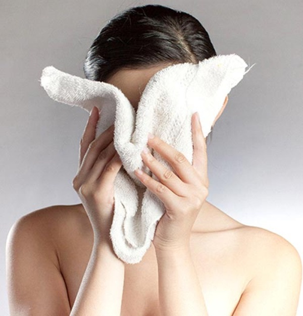 Cùng rửa mặt nhưng gái Hàn, Nhật có làn da căng mướt, trắng mịn trong mùa đông còn gái Việt thì khô, nứt nẻ, đọc bài này để biết bí quyết - Ảnh 3