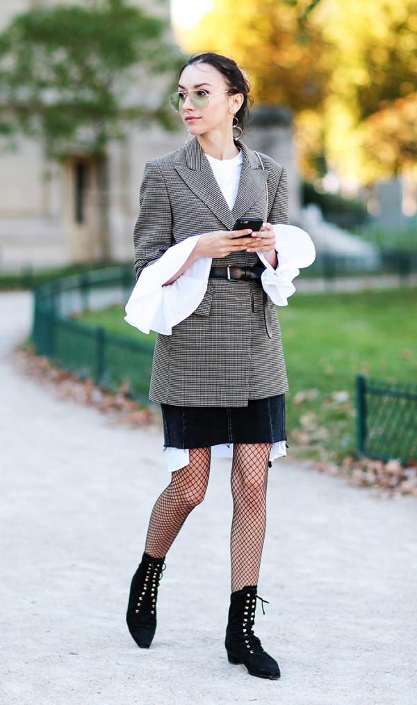 Để không bị hớ hênh, phản cảm khi mặc quần tất, phụ nữ nên học ngay cách phối đồ này - Ảnh 6
