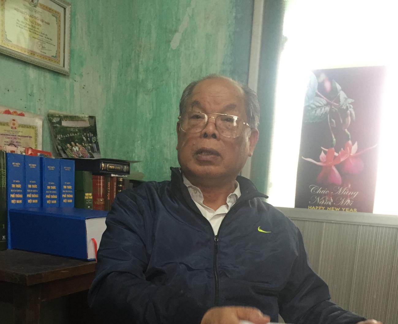 PGS. TS Bùi Hiền: 'Họ chửi tôi điên, nhưng lại học chữ của tôi để chế nhạo tôi rất nhanh' - Ảnh 1