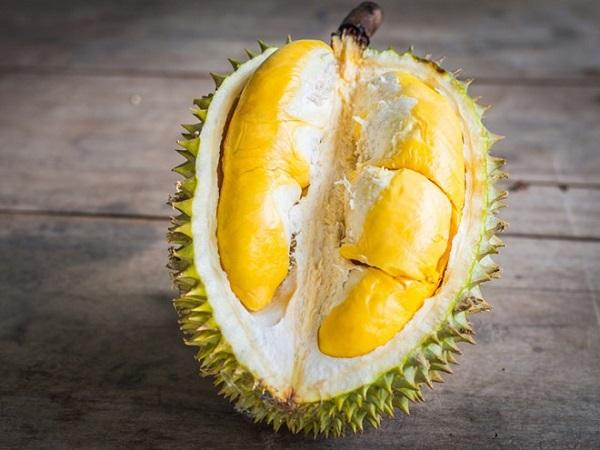 Bị nóng, nổi mụn tránh ăn những loại quả này - Ảnh 3
