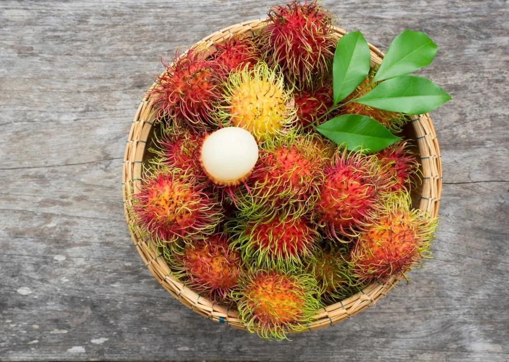 Bị nóng, nổi mụn tránh ăn những loại quả này - Ảnh 6
