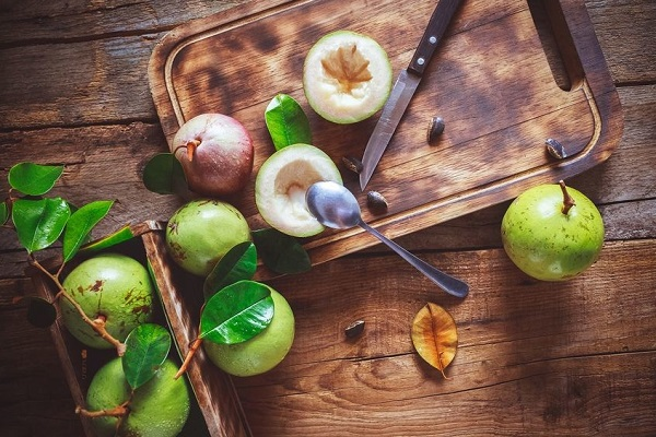 Bị nóng, nổi mụn tránh ăn những loại quả này - Ảnh 7