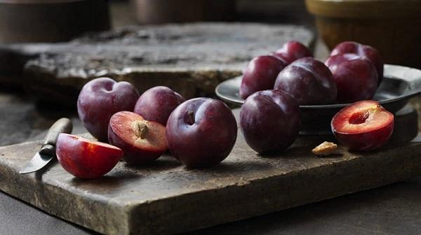 Bị nóng, nổi mụn tránh ăn những loại quả này - Ảnh 8