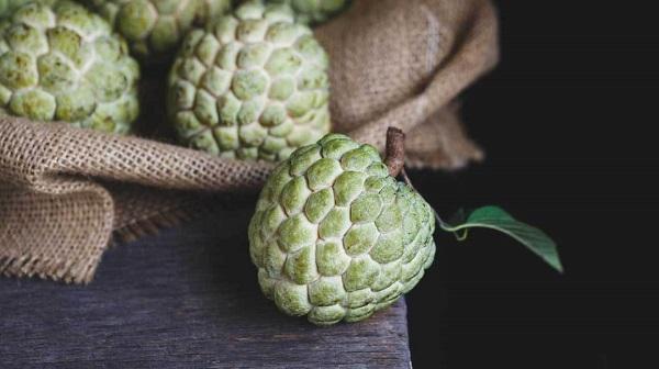 Bị nóng, nổi mụn tránh ăn những loại quả này - Ảnh 9
