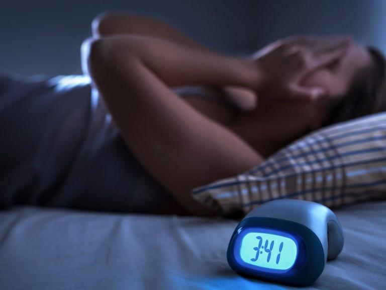"""Bỗng nhiên mất ngủ và thay đổi cân nặng đột ngột – những dấu hiệu hàng đầu của """"căn bệnh thời đại"""" mà ai cũng nên biết - Ảnh 4"""