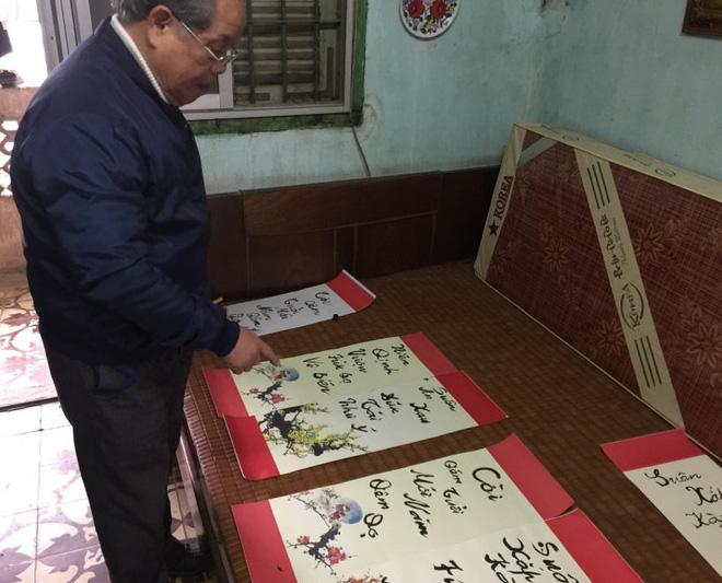PGS Bùi Hiền tuyên bố dừng toàn bộ việc nghiên cứu bảng chữ cái 'Tiếw Việt' cải tiến - Ảnh 1