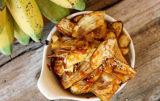 Tết này không thể bỏ qua món chuối ngào đường giòn tan ăn là mê liền - Ảnh 4