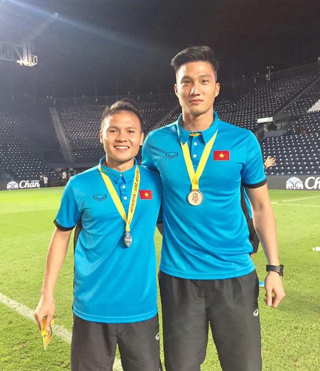 Gia đình khó khăn của thủ môn Văn Hoàng U23 được tặng máy chạy bộ khiến dân mạng bức xúc - Ảnh 1