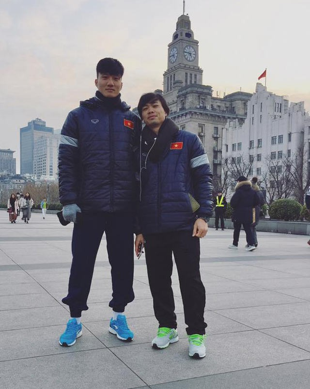 Gia đình khó khăn của thủ môn Văn Hoàng U23 được tặng máy chạy bộ khiến dân mạng bức xúc - Ảnh 4