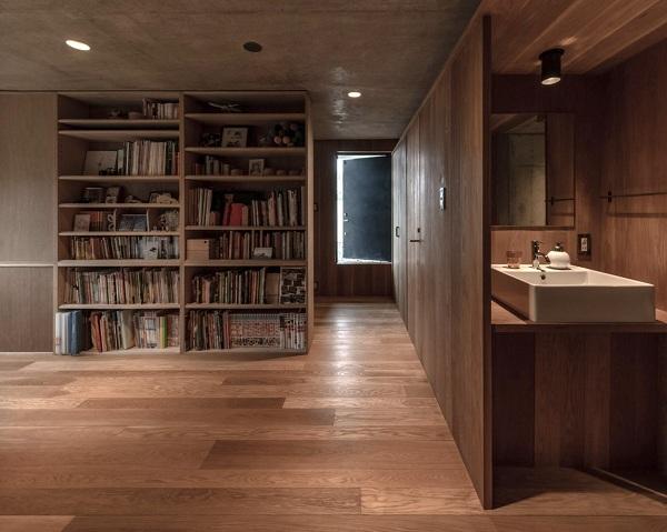 Bất ngờ nội thất tối giản, tinh tế trong căn hộ bê tông - Ảnh 8
