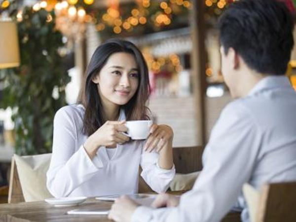 Tại sao đàn bà không đẹp vẫn quyến rũ được chồng bạn? - Ảnh 2
