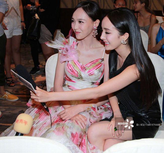 Dương Mịch - Đường Yên phớt lờ nhau tại sự kiện, fan 'đào mộ' loạt khoảnh khắc cặp bạn thân từng 'gây sốt' trong quá khứ - Ảnh 6