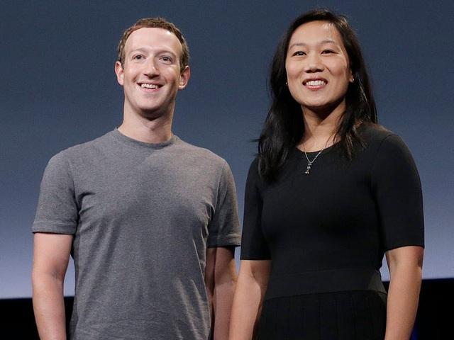 Là ông chủ Facebook nhưng chính Mark Zuckerberg cũng không dám đăng ảnh con lên MXH, nguyên nhân khiến nhiều phụ huynh lo sợ - Ảnh 1