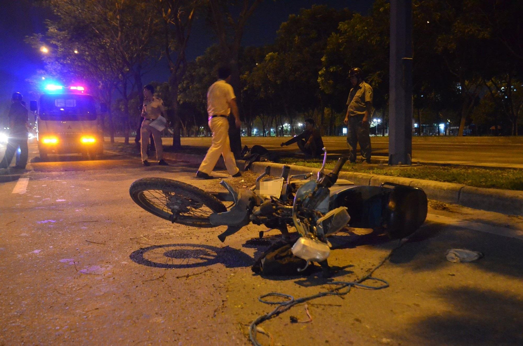 TP.HCM: Nam công nhân tử vong bất thường cạnh xe máy trên đại lộ Mai Chí Thọ - Ảnh 2