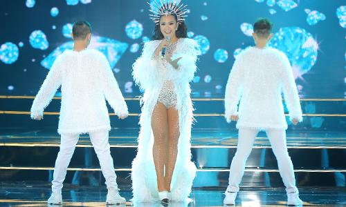 Người đẹp Ê đê đăng quang Hoa hậu Hoàn vũ Việt Nam 2017 - Ảnh 4