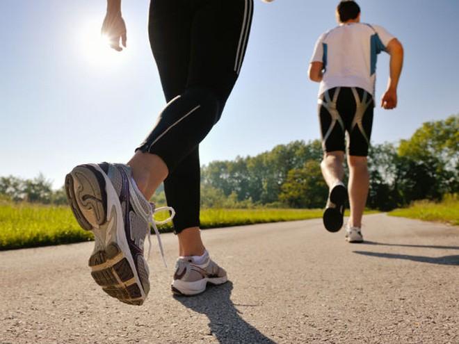 Áp dụng những biện pháp này sẽ giúp bạn kiểm soát huyết áp một cách cực kì hiệu quả - Ảnh 2