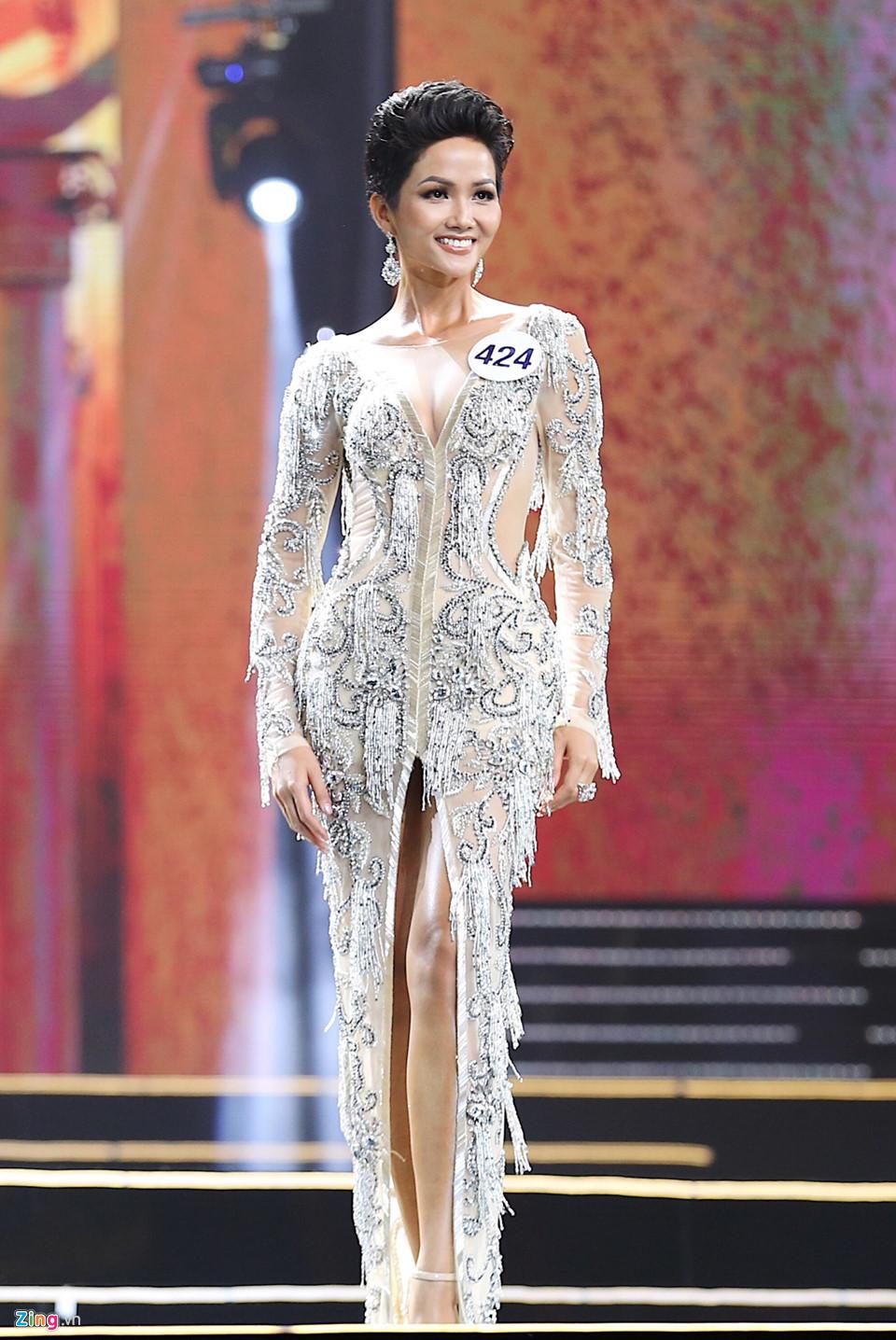 Khi tân Hoa hậu Hoàn vũ Việt Nam bị sỉ nhục vì màu da nâu - Ảnh 3