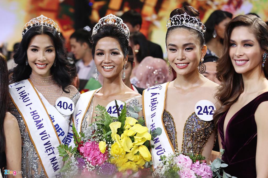 Khi tân Hoa hậu Hoàn vũ Việt Nam bị sỉ nhục vì màu da nâu - Ảnh 4