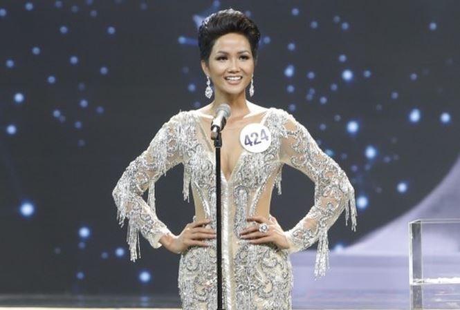 Hành động đầu tiên của H'Hen Niê sau khi đăng quang Hoa hậu Hoàn vũ Việt Nam khiến nhiều người ngỡ ngàng - Ảnh 3