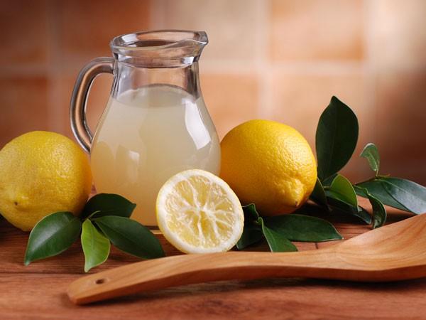 Sự kết hợp của chanh và rau mùi ta có thể làm một số kỳ diệu đáng kinh ngạc cho cơ thể