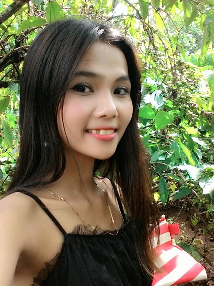Lộ diện nhan sắc em gái tân Hoa hậu Hoàn vũ Việt Nam H'Hen Niê, được nhận xét xinh đẹp hơn cả chị - Ảnh 6