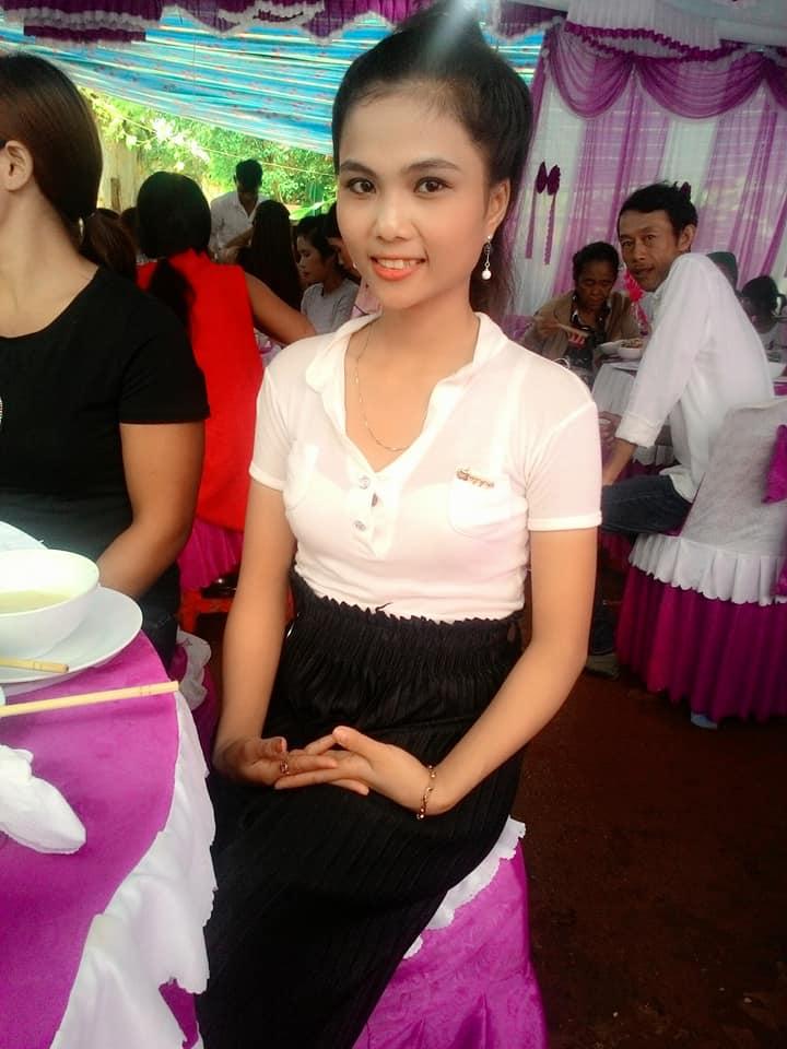 Lộ diện nhan sắc em gái tân Hoa hậu Hoàn vũ Việt Nam H'Hen Niê, được nhận xét xinh đẹp hơn cả chị - Ảnh 8