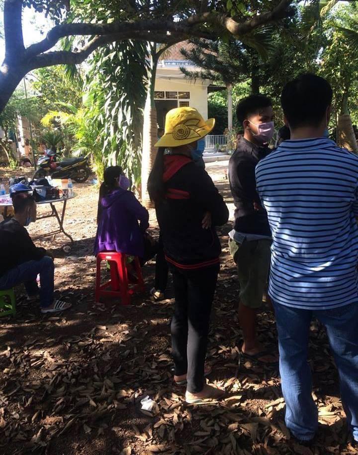 Thất kinh phát hiện 2 vợ chồng chết trong ngôi nhà còn bật tivi, nghi bị sát hại cướp tài sản - Ảnh 2