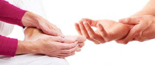 Dấu hiệu tố cáo cơ thể bạn đang thiếu chất trầm trọng - Ảnh 3