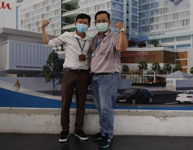 """Xúc động lời nữ bác sĩ nhắn chồng ra Đà Nẵng chống dịch COVID-19: """"Hai con em sẽ lo, mong anh 2 chữ bình an trở về' - Ảnh 2"""