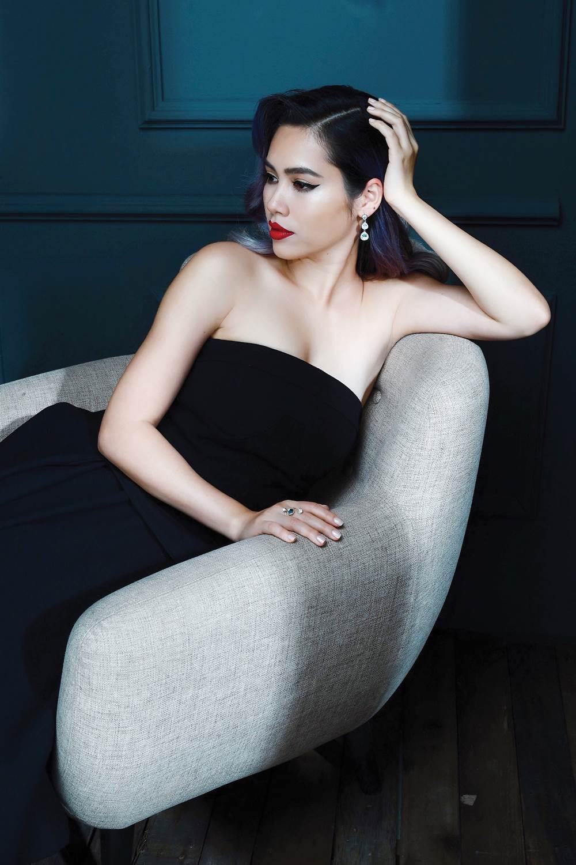 Hoàng My, Hương Giang Idol càng xinh đẹp càng phát ngôn 'thảm họa'? - Ảnh 2