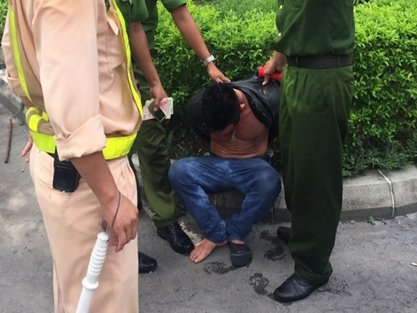 Bắt giữ đối tượng ngáo đá lái xe gây tai nạn trong hầm Hải Vân