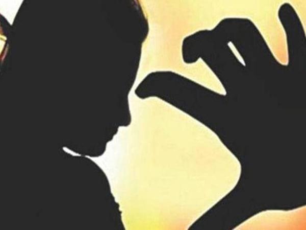 Quen qua mạng, bé gái 12 tuổi bị thanh niên dụ dỗ quan hệ tình dục