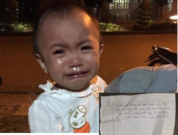 Bé gái 14 tháng tuổi khóc nức nở, ngơ ngác tìm mẹ sau khi bị bỏ rơi cùng bức thư nhờ nuôi hộ