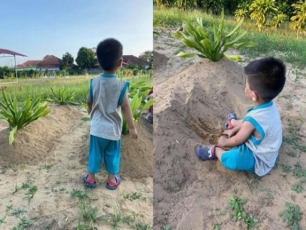 """Bé trai 2 tuổi thăm mộ mẹ ngày đầu năm: """"Mẹ ơi, mẹ đâu rồi?"""""""