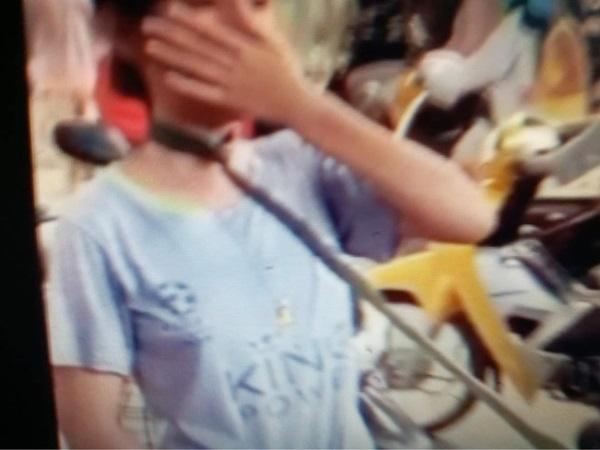 Phẫn nộ cảnh cha cột dây vào cổ 2 con kéo khắp chợ để 'dạy dỗ' tại Long An