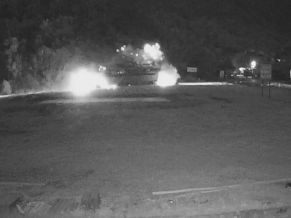 Clip khoảnh khắc xe tải tông vào xe khách khiến hơn 40 người thương vong ở Hòa Bình