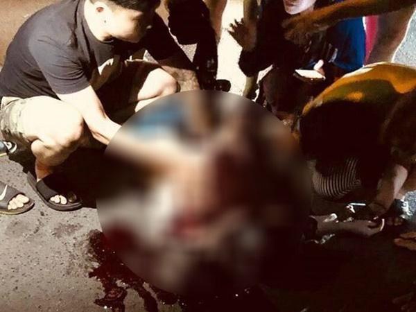 Cô gái nghi bị bạn trai đâm gục giữa phố Hà Nội