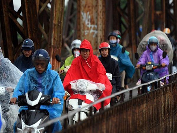 Đầu tuần miền Bắc trở gió lạnh kèm mưa dông nhiều nơi, Hà Nội thấp nhất 19 độ C