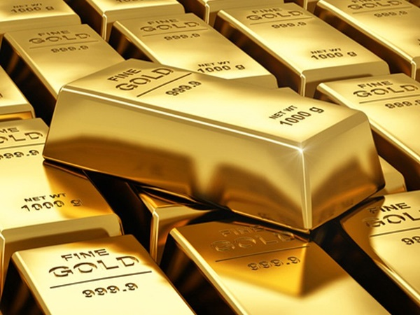 Giá vàng hôm nay 17/6: USD lên đỉnh trong tuần, vàng tụt giảm
