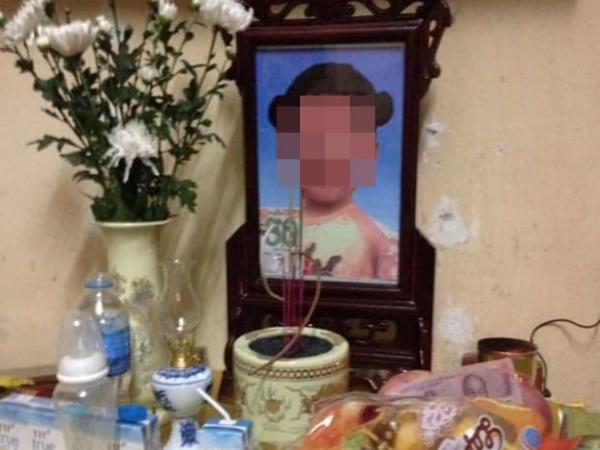 Hà Nội: Nghi án bé gái 4 tuổi tử vong vì bị cha dượng và mẹ ruột tra tấn suốt nhiều ngày