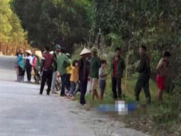 Hà Tĩnh: Chở nhau trên 1 xe máy, 4 nữ sinh THCS thương vong sau khi tông vào cột mốc