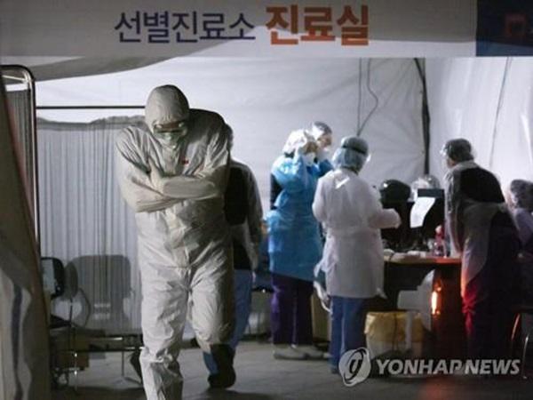 Hàn Quốc: 35 người chết, thêm 438 người nhiễm mới trong 24h qua, tổng cộng 5766 ca mắc virus corona