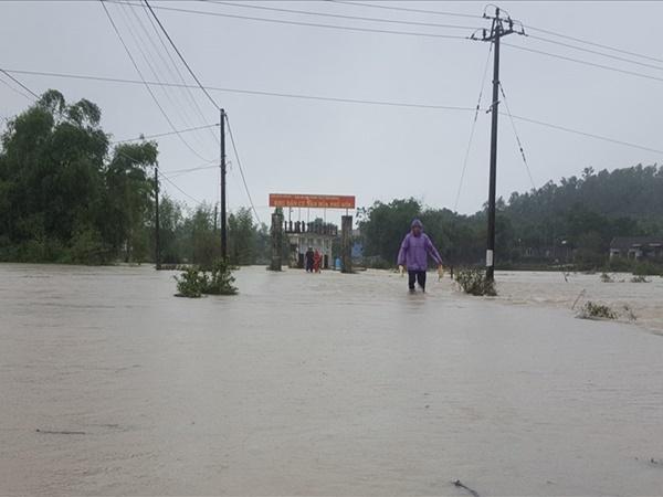 Mưa lớn, hàng ngàn hộ dân bị ảnh hưởng ở Bình Định