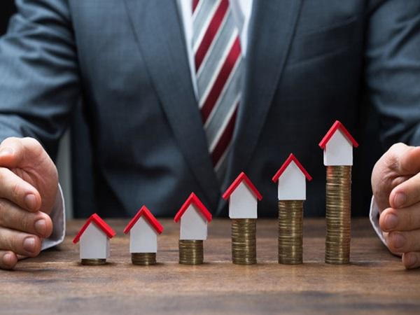 Nhà đầu tư bất động sản có tiền nên bỏ vào đâu?