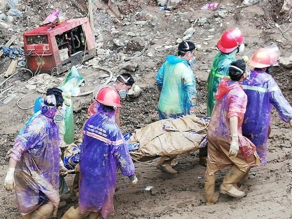 Rơi nước mắt trước gia cảnh đáng thương của nạn nhân trong vụ sập hầm vàng ở Hòa Bình