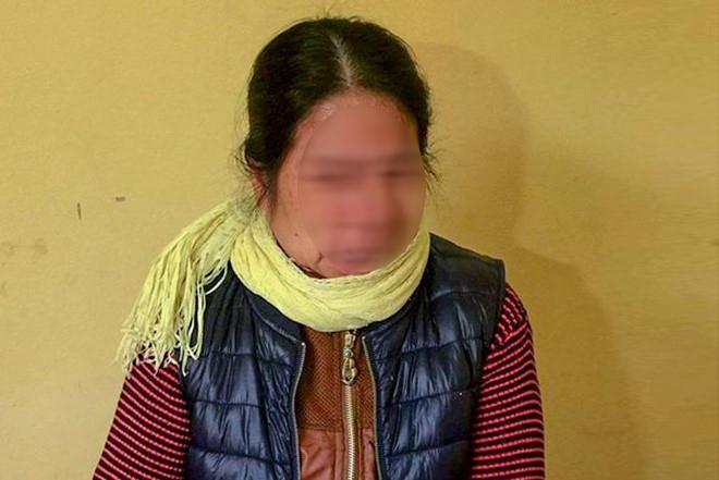 """Nữ giúp việc bạo hành bé gái hơn 1 tháng tuổi: """"Trong công việc bức xúc nên tôi lấy tay vả vào đầu cháu"""""""