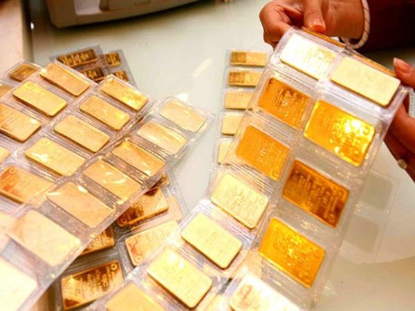 Ôm 2 tỷ mua vàng Thần Tài, ai cũng chửi 'ngu' nào ngờ tôi trúng đậm