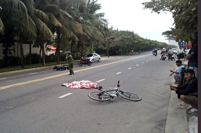 Đà Nẵng: Đi tập thể dục bằng xe đạp, ông lão Việt kiều Mỹ bị xe máy tông chết