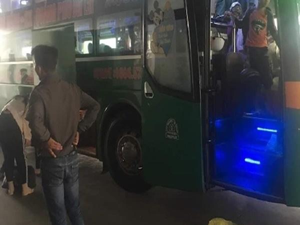 Tài xế sàm sỡ nữ hành khách bị đuổi việc